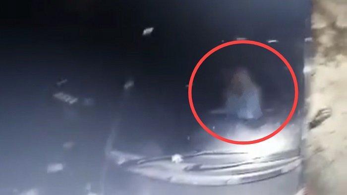 VIRAL Video Pasangan Mesum dalam Mobil, Kejadiannya Disebut di Kota Pariaman, Ini Kata Aparat