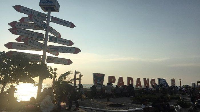 Objek Wisata Pantai Padang Ternyata Jadi Favorit Wisatawan untuk Menghabiskan Liburan
