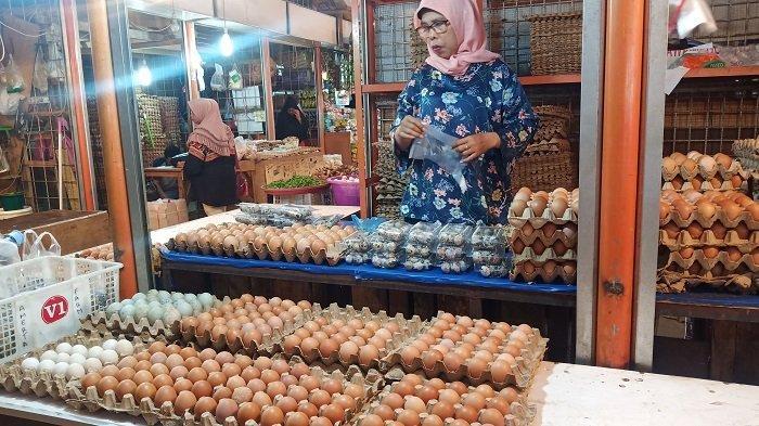 Harga Kebutuhan Pokok di Padang Senin 31 Mei 2021: Telur Itik Naik, Daging Ayam Turun