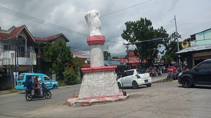 Peristiwa Sejarah di Tugu Simpang Tinju Padang: Representasi Semangat Bagindo Aziz Chan