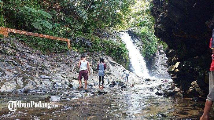 Lokasi Pemandian Lubuk Tampuruang di Kota Padang Ramai Pegunjung, Daya Tarik Pesona Air Terjun