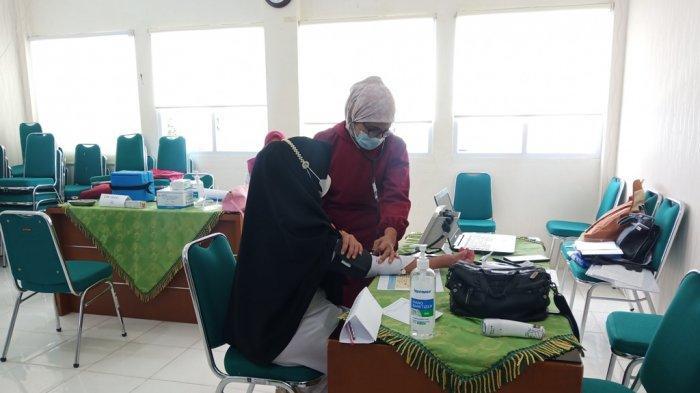 Baru 28 Persen Nakes di Padang yang Terima Vaksin, Hendri Septa: Vaksinasi Bertahap Sampai Maret