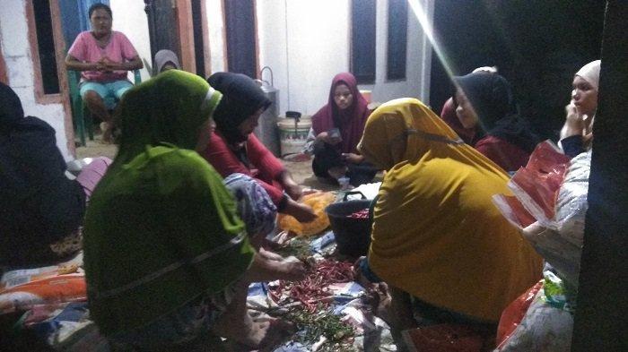 Warga Korban Banjir Kecamatan Ranah Ampek Hulu Masih Menunggu Bantuan dari Pemerintah