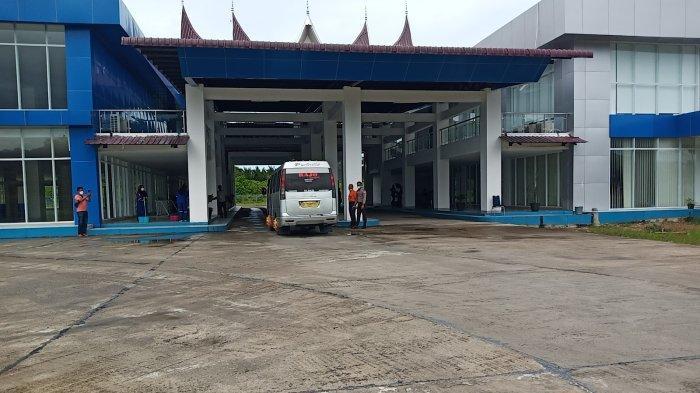 Terminal Anak Air Padang Dilengkapi Vending Machine, Antisipasi Penumpang Tak Beli Tiket dari Calo