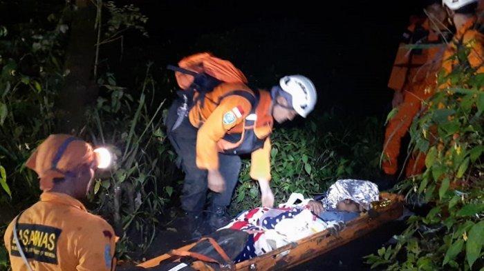 Pendaki Gunung Marapi Terpeleset, Orangtua dan Ambulans Telah Menunggu di Posko Koto Baru