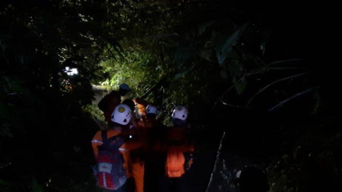BREAKING NEWS: Seorang Pendaki Terjatuh di Cadas Gunung Marapi, Evakuasi Masih Berlangsung