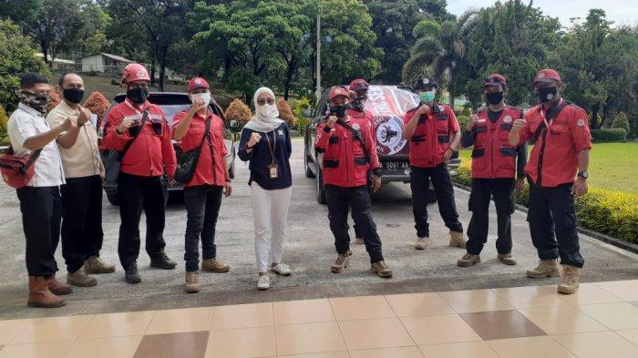 Semen Padang Kirim Relawan TRC dan Paket Sembako ke Lokasi Banjir Kota Solok