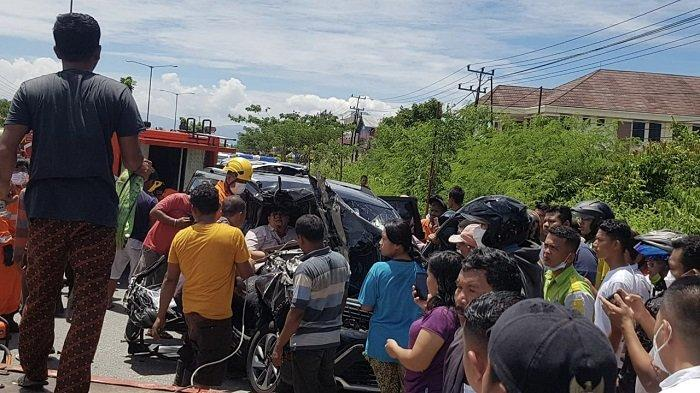 Tim SAR Evakuasi 4 Korban Kecelakaan di By Pass Km 23, Kota Padang