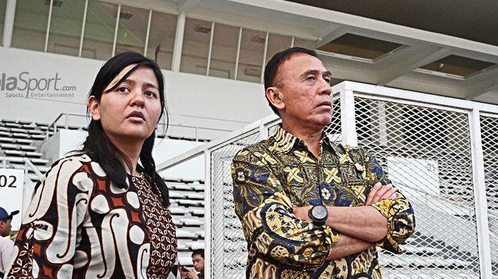 POPULER BOLA - Ratu Tisha 'Mendadak' Mundur dari Sekjen PSSI  Juve & MU Incar Pemain Ini