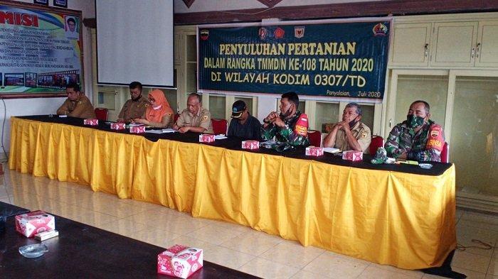TMMD Ke-108 Kodim 0307 Tanah Datar, Dirangkai Giat Penyuluhan Pertanian di Nagari Panyalaian