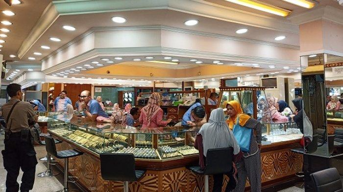Harga Emas di Pasar Raya Padang Naik, Daya Beli Stabil