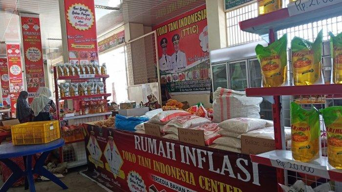 Cabai, Bawang hingga Beras Dijajakan 6 Mobil Keliling TTIC di Padang, Harga Dijamin Lebih Murah