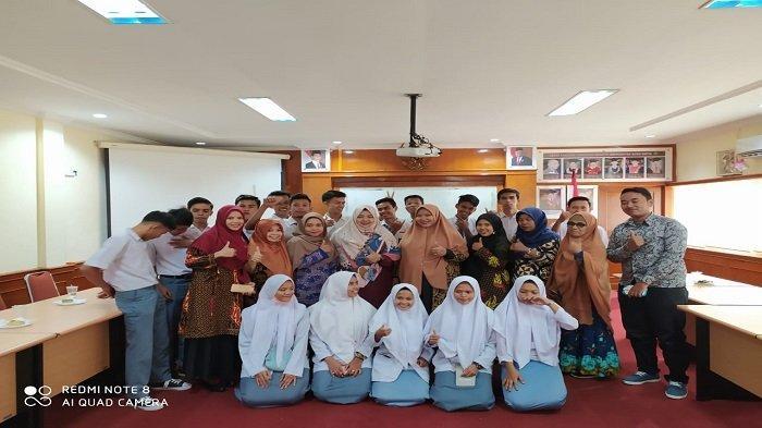 Rombongan SMK Subulussalam Pasaman Barat Sambangi Prodi TRKJ FTI Universitas Bung Hatta