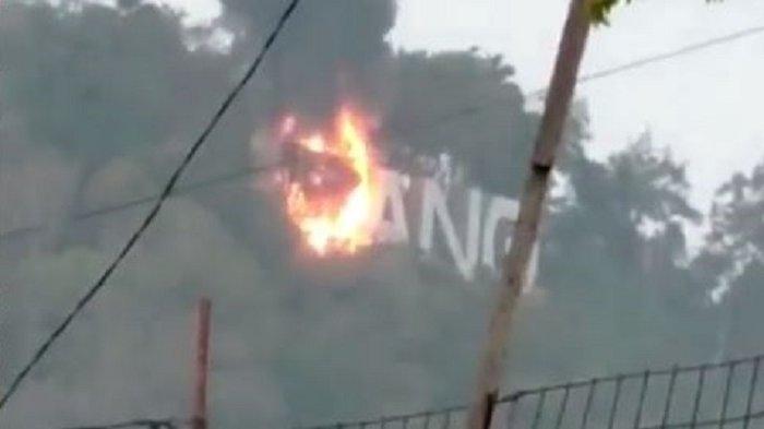 Temuan PUPR Setelah Cek Kebakaran Landmark 'PADANG' di Gunung Padang Langsung ke Lapangan