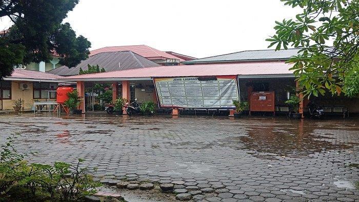 Kantor Disdukcapil Padang Ditutup Sementara, Pelayanan Tatap Muka Dialihkan Secara Daring