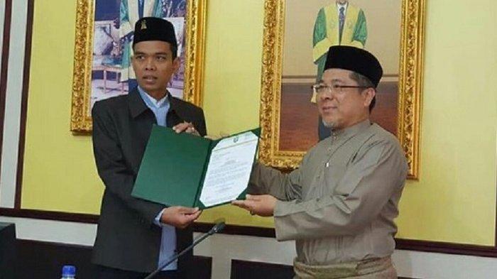 Ustadz Abdul Somad (UAS) Raih Gelar Profesor dari Unissa Brunei Darussalam