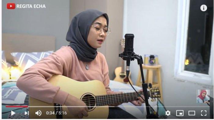 Video Cover Lagu Menepi Ngatmombilung, Mulai Angga Candra, Guyon Waton hingga Akustik Regita Echa