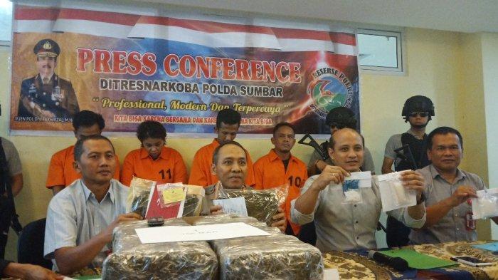 Bawa Sabu dari Pekanbaru BJA Berhenti Makan di Lubuk Bangku, Tak Berkutik Saat Digeledah Polisi