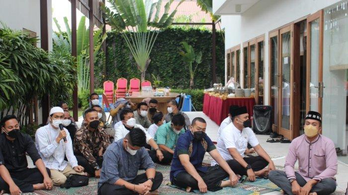 Padang PPKM Darurat, Wakil Gubernur Sumbar Audy Joinaldy Pilih Salat Idul Adha di Rumah Pribadi