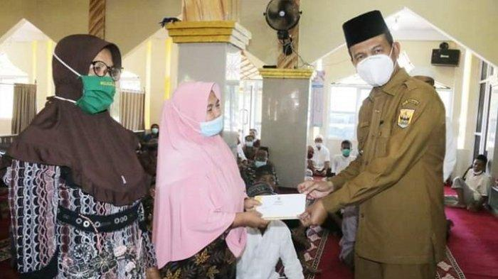 1.169 Orang Terima Manfaat Program Pariaman Takwa, Imam Masjid hingga Garin Dapat Bantuan