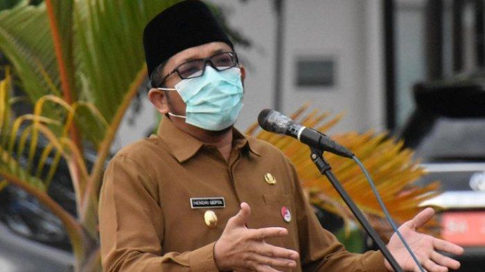 PPKM Level IV Padang Diperpanjang, Hendri Septa: Kasihan Warga Berharap Belajar Tatap Muka