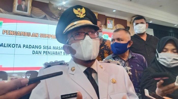 Hendri Septa Jawab Soal Mutasi Pejabat Setelah Dilantik Jadi Wali Kota Padang: Itu Biasa Ya