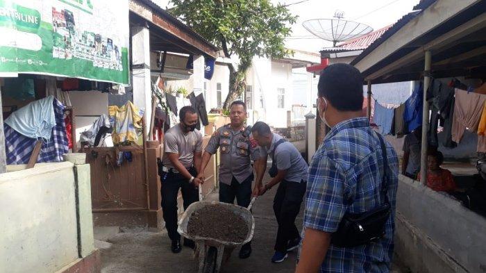 Polsek Padang Selatan dan Warga Gotong Royong, Polisi : Hindari Penyakit dan Virus