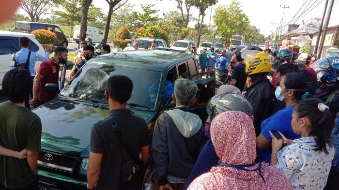 Pria yang Ditemukan Tak Bernyawa Dalam Mobil di Padang Diduga Sakit, Warga Batang Kapas Pessel