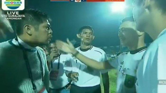 Nilmaizar Cecar Wasit Laga Persela Vs Borneo FC, Tanyakan Kartu Merah Pelanggaran Pasal Berapa