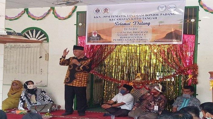Mahasiswa KKN UIN IB Bantu Sediakan Wifi di Musala Abdullah Padang, Bantu Pembelajaran Daring