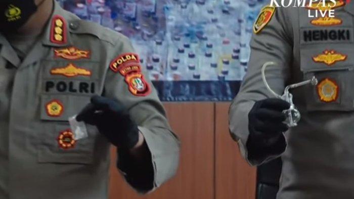 Kepolisian berhasil mengamankan barang bukti berupa sabu-sabu seberat 0,78 gram dan bong (alat hisap).