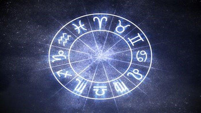 Baca Ramalan Zodiak Senin 20 September 2021: Taurus Merasa Curiga, Libra Jadwal Kerja yang Padat