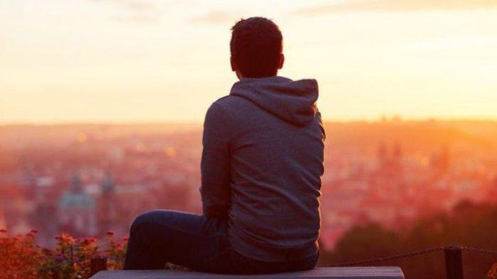 INILAH 6 Kebahagiaan Hanya Dirasakan Bagi Mereka yang Memiliki Karakter Pendiam, Simak Apa Saja !