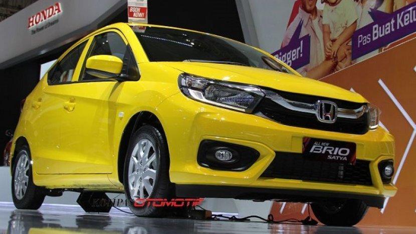 Daftar Harga Mobil Honda Terbaru Februari 2020 Honda Brio Mobilio Jazz Civic Hingga Cr V Tribun Padang