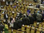 20140926_224416_fraksi-partai-demokrat-walk-out.jpg