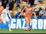 aaron-ramsey-beraksi-dalam-duel-liga-champions-antara-dynamo-kyiv-vs-juventus.jpg