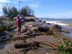 abrasi-pantai-akibat-gelombang-tinggi-di-kabuoaten-pesisir-selatan.jpg