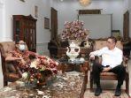 anggota-dpr-ri-komisi-iii-mulyadi-bersilaturahmi-dengan-gubernur-sumatera-barat-irwan-prayitno.jpg