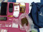 barang-bukti-yang-diamankan-dari-pelaku-penyalahgunaan-narkoba-di-kelurahan-anduring.jpg