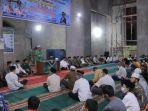gubernur-sumatera-barat-mahyeldi-ansharullah-di-masjid-taqwa-pasaman.jpg