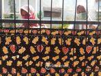 hari-batik-nasional-anggota-komunitas-batik-makarya-larangan-selatan.jpg