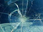 ilustrasi-kecelakaan-tabrakan-mobil-truk-kaca-pecah-kaca-mobil.jpg