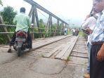 jembatan-koto-lalang-gunung-sariak-kecamatan-kuranji-padang.jpg