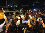 jenazah-mantan-ibu-negara-ani-yudhoyono-tiba-di-indonesia.jpg