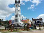 kawasan-wisata-jam-gadang-kota-bukittinggi-sumatera-barat-sumbar.jpg