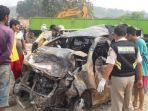 kendaraan-yang-terlibat-kecelakaan-beruntun-di-tol-cipularang-km-92-senin-292019.jpg