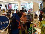 kimia-farma-hadirkan-year-end-sale-di-transmart-padang-ada-layanan-konsultasi-langsung.jpg