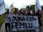 massa-yang-tergabung-dalam-kesatuan-aksi-mahasiswa-muslim-indonesia-kammi-demo.jpg