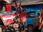 mobil-damkar-mengalami-kecelakaan-di-kabupaten-50-kota-sumbar-rabu-6102021.jpg