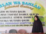 nur-aini-pendiri-sekaligus-guru-paud-dan-tk-gratis-mutiara-qalbu-di-padang.jpg